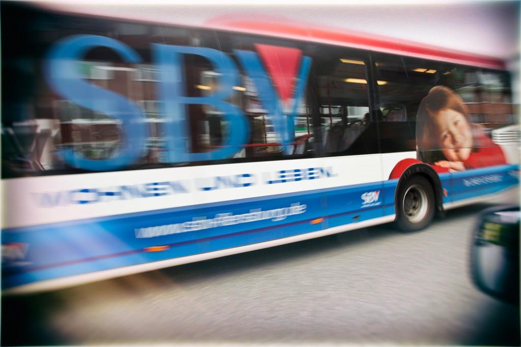 Fahrzeugbeschriftung SBV-Bus